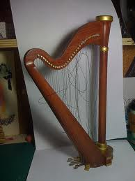 brokenharp
